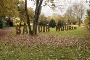 """11 SAVOIR VIVRE (Ausstellung """"ZEIT LOS LASSEN"""", Schosshaldenfriedhof, Bern/Ostermundigen 2019)"""