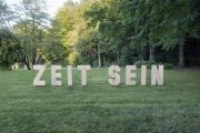 """13 ZEIT SEIN (Ausstellung """"ZEIT LOS LASSEN"""", Schosshaldenfriedhof, Bern/Ostermundigen 2019)"""